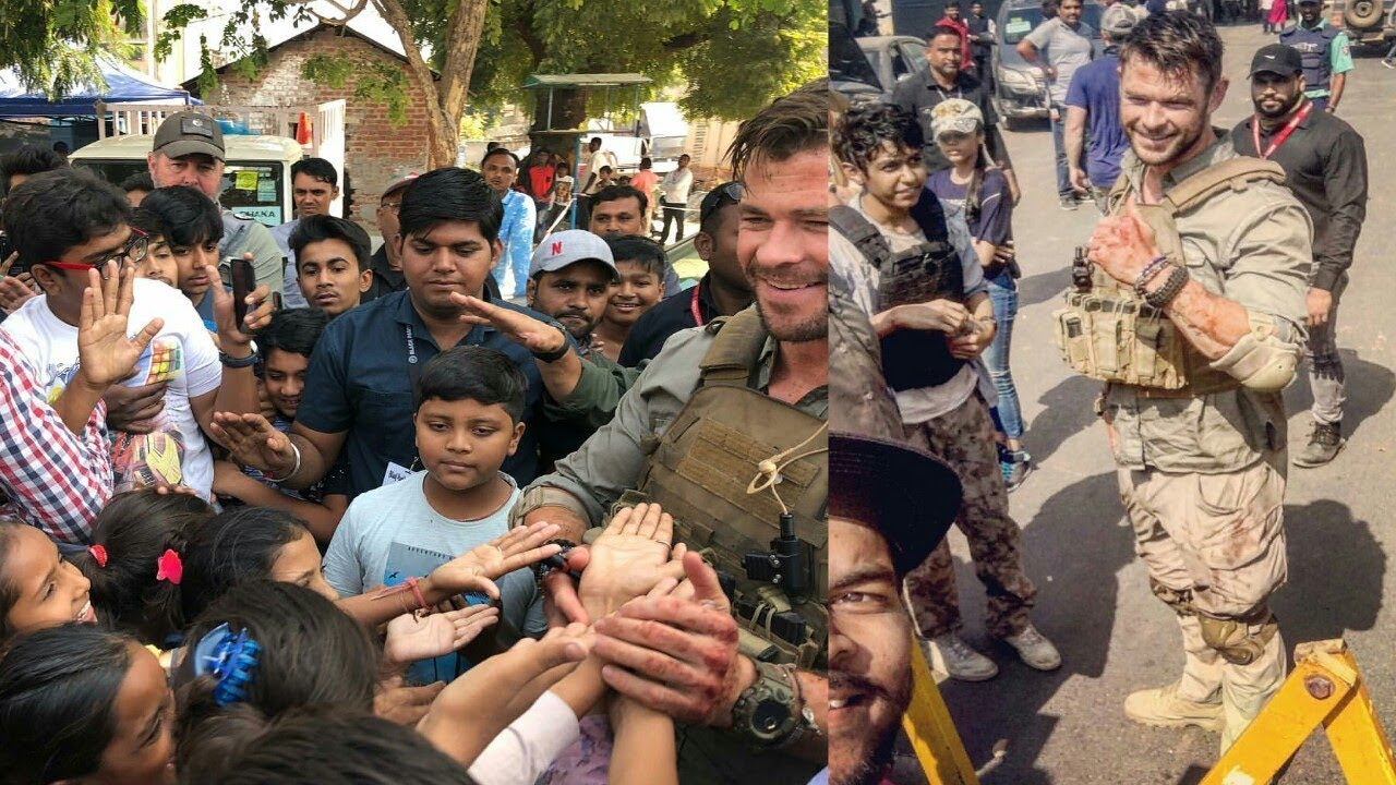 Chris Hemsworth Thor with fans in Ahmedabad India