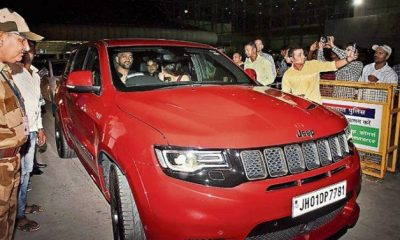 MS Dhoni seen in his new car HOT