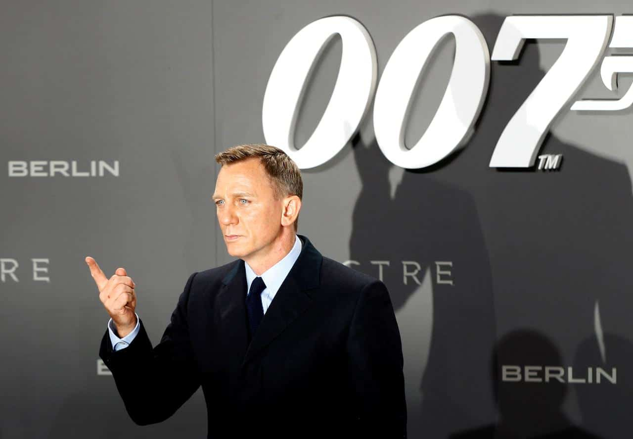 "Latest Bond Movie ""No Time To Die"" Teases Fans with small Glimpse and Trailer Release"