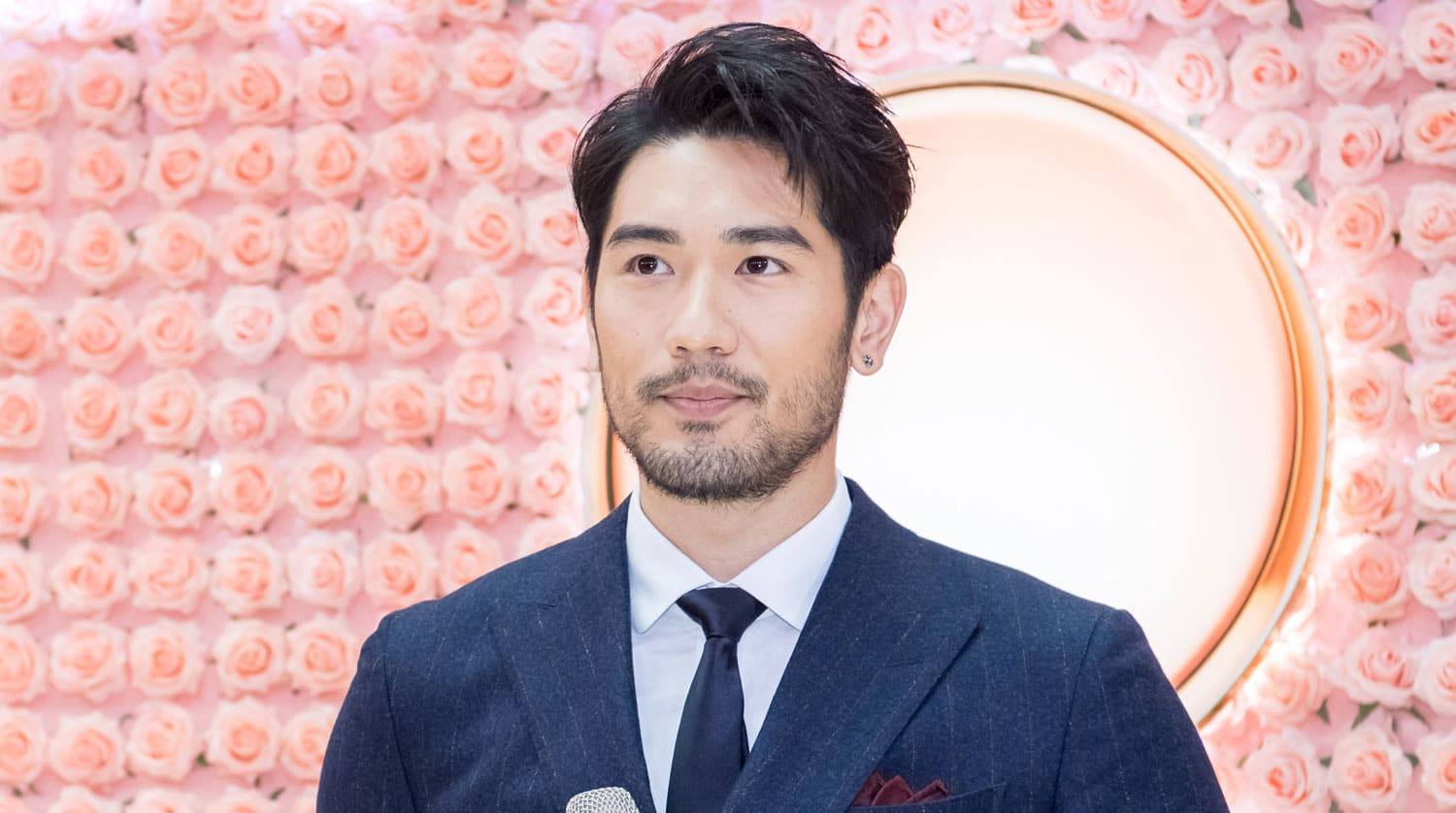 "Godfrey Gao's Furious Fan Demands Official Apology and Complete Ban on ""Chase Me"""