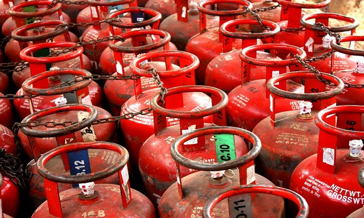 Cooking gas prices may hike and oil subsidies end by 2022