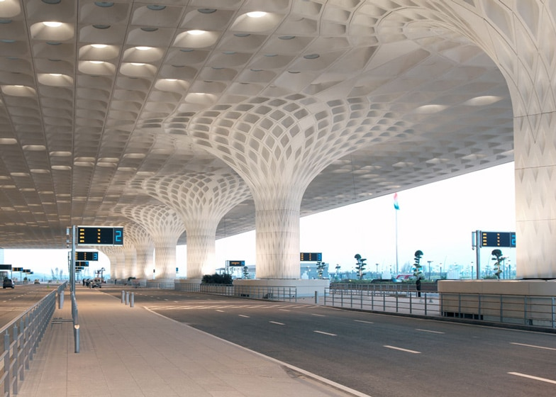 Photo of Mumbai Airport Launches World's Largest temperature-Controlled Facility for storage of Agriculture Pharma Products