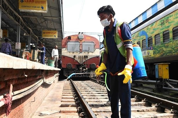 Indian Railways cancel 100 trains as coronavirus precaution
