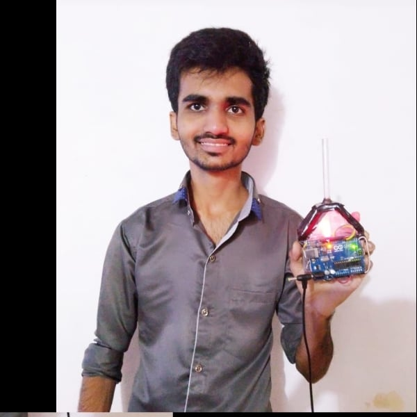 Photo of Mumbai Engineering student made portable ventilator with home-made items